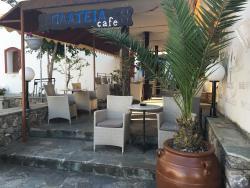Plateia Cafe-Bar