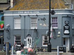 ‪The Royal Oak‬