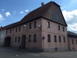 Zum Rathaus