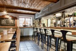 Barnacles Restaurant & Bar Bistro