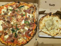 Francesca's Pizzeria