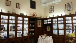 Antica Farmacia Erboristica Sant'Anna dei Frati Carmelitani Scalzi