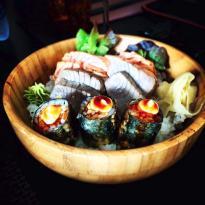 Love's Sushi Bar