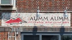 Aumm Aumm Pizzeria and Wine Bar