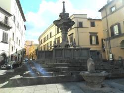 Piazza Fontana Grande