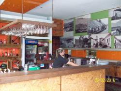 Aguacate Arbol Restaurante Bar
