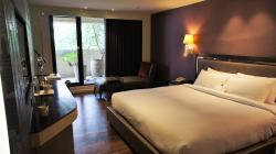 Royal Group Hotel - Ming Hua Branch