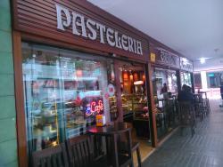 Ccafeteria Pasteleria Charlot