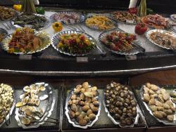 GU BBQ - Seafood Buffet