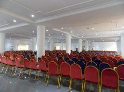 IMMACULATE 1000 CAPACITY JOHN PAUL 2 CONFERENCE HALL