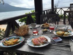 Brève Azurine Lagoon Retreat