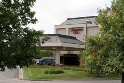 Hampton Inn Kansas City Airport