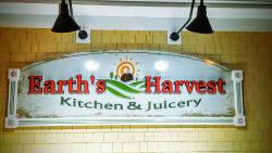 Earth's Harvest Kitchen & Juicery