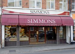 ‪Simmons Bakers‬