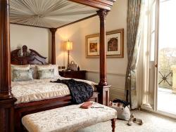 麥克唐納德巴斯SPA度假酒店