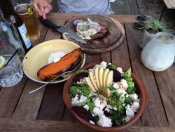 Cafe Restaurant In de Buurt