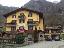 Hotel Paramont