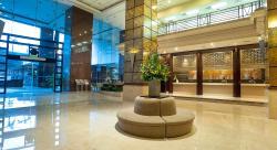 Grand Seasons Hotel