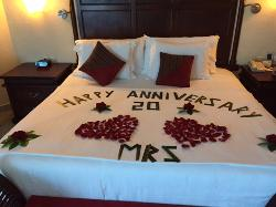 Perfect 20th anniversary trip!  Amazing resort!