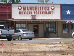 Los Manuelitos