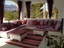 Trabajo de decoracion con nuestras alfombras.