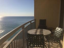 DOUBLETREE by HILTON OCEAN POINT RESORT & SPA, great 2br suite & friendly patron service