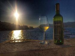 Chakula - Konoba & Wine Bar