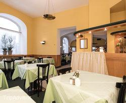 Restaurant at the BEST WESTERN City Hotel Moran