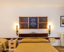 The Wine Room at the Hotel Gio' Wine e Jazz Area