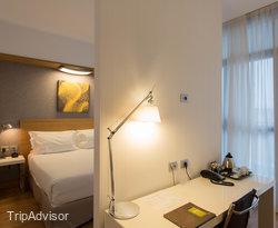 The Junior Suite at the Hilton Garden Inn Milan North