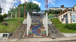 Escaleras del Cerro Marconi