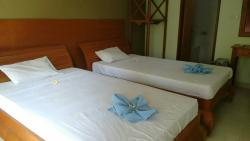 Room 4 with two big beds