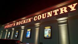 Stoney's Rockin' Country