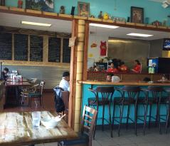 Dough Doughs Hawaiian Cafe & Malasadas