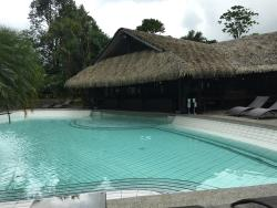 Luxurious with great hot springs and view of the volcano