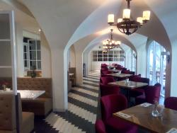 Red Square Restaurant and Lounge