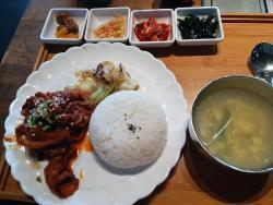 5enses Korean BBQ Restaurant