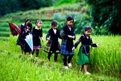 Hang Dá Village
