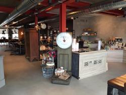 Madame Delicieux Brasserie en Delicatessen