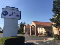 BEST WESTERN Brentwood Inn