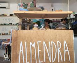 Almendra Sweets