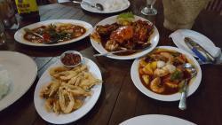 La Marina Family Resto & Cafe