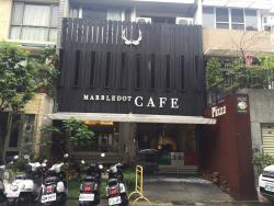 Marbledot Cafe