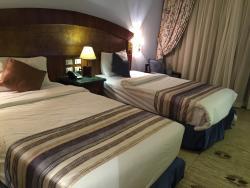 Grand Aton Hotel