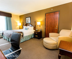 The King Accessible Bedroom at the Wingate by Wyndham Arlington