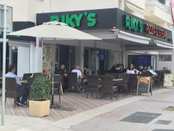 Riky's Pizza & Steak