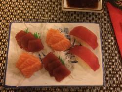 Kami sushi bar