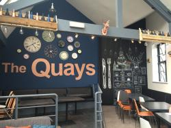 ‪The Quays Cafe and Bar‬