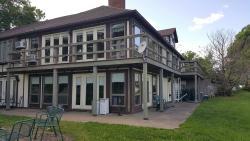 Village of the Blue Rose Lodge Restaurant & B&B