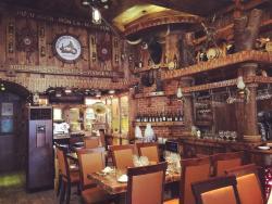 Hang Duong Quan seafood restaurant